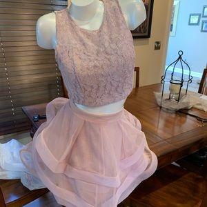 Dresses & Skirts - NWT homecoming dress